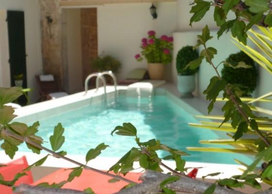 chambre maison hôtes piscine hérault charme